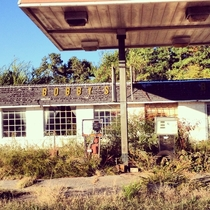 Abandoned Gas Station outside of Gainesville GA