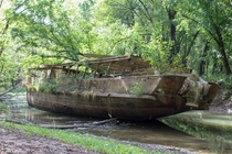 Abandoned ghost ship just off the Ohio River down in Kentucky