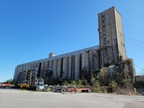 Abandoned Grain elevator at Charleston SC port