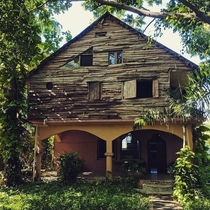 Abandoned Hidden Bungalows in the Dominican Republic x