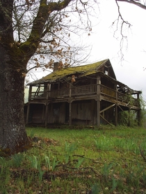 Abandoned home in Oregon