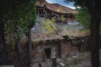Abandoned home in the mine city of Ming Kush Russia Photocredits Thijs Broekkamp