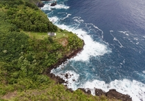 Abandoned homestead on Molokai north coast only reachable by helicopter