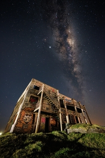 Abandoned hotel and the Milkyway