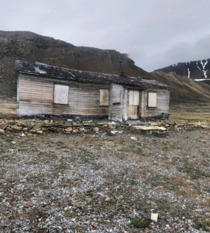 Abandoned house in nunavut Canada
