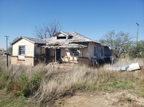 Abandoned house in Slaton Tx One of many but my favorite