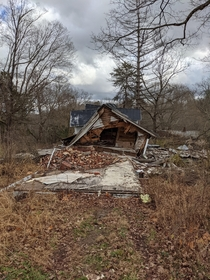 Abandoned house in Southside TN