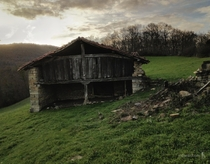 Abandoned little house in the hills perfect for a cottage Witch - Navarre Spain