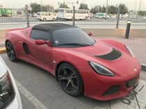 Abandoned Lotus Exige cabriolet in Dubai lot This car has been here for about  months now Sad sight