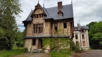Abandoned mansion France - It was transformed into Mini-hospital accommodation in the past