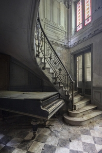 Abandoned Mansion with a Piano Perigord France   Romain Thiery