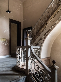 Abandoned mansions servant stairwell Im trying Imgur now Any better