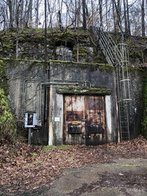 Abandoned nuclear storage bunkers Fort Campbell KY
