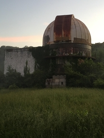 Abandoned Observatory at Walnut Point State Park Illinois