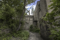 Abandoned Orphanage looks like a video game - LeeRielly Instagram -