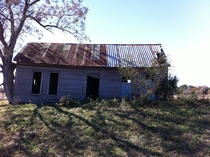 abandoned outbuilding on a farm in TX OC  album in contents