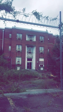 Abandoned prison closed in  Milledgeville GA
