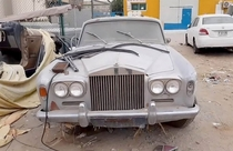 Abandoned Rolls-Royce in the UAE Caters