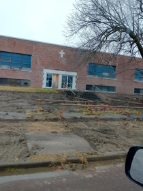 Abandoned school about to be torn down