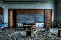 Abandoned school in Detroit