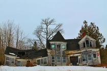 Abandoned Sea Captains House in Searsport Maine - Built s