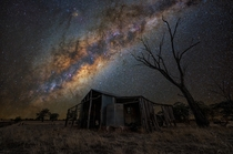 Abandoned shed near Mitiamo VIC Australia  photo by Lincoln Harrison