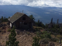 Abandoned shelter at the top of Black Butte in Oregon