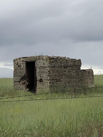 Abandoned stone structure in central Oregon