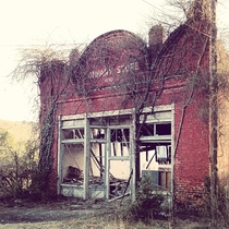 Abandoned Store in Crowders Mountain NC
