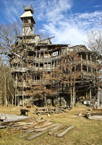 Abandoned Swiss treehouse