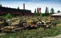 Abandoned Tank Repair Factory Ukraine Anyone got sand paper and WD