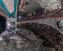 Abandoned theater that has since been demolished