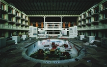 Abandoned Waterpark Hotel in Indiana