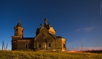 Abandoned wooden church in Barabanovo village of Krasnoyarsk krai of Russia by Dmitry Yurlagin Sourcemore pics in comments