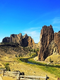 Absolutely love Oregon it seems like every time I visit I find something even more beautiful This is Smith Rock State Park  x