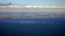 Aerial photo of the Lillgrund offshore wind farm in Sweden