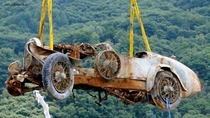 After  years at the bottom Raising the remains of a  Bugatti Roadster that had been abandoned in the depths of Lake Maggiore Swiss-Italian border  Smoots down -  photo - link in comments