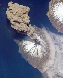 Alaskas Cleveland Volcano eruption viewed from space