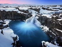 Aldeyjarfoss in Iceland  by Jonathan V Tan