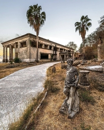 An abandoned cartel lords mansion in Mexico