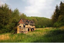 An abandoned house in the Haugh Woods Herefordshire