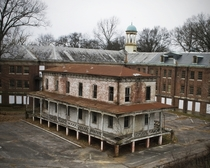 An abandoned military hospital in Memphis Tennessee By Evenshift on Flickr
