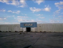 An abandoned Sears