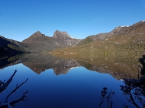An amazing mirror image at Dove Lake Cradle Mountain Tasmania Australia  x