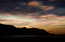 An intense outburst of polar stratospheric clouds over Northern Iceland