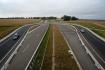 An interesting temporary U-turn ramp on the S near Poznan Poland x-post from rpoland