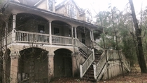 An old mansion I found yesterday in South Carolina