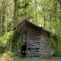 An old shed on the side of NC- RaleighDurham NC