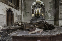 An organ in an abandoned church in Buffalo NY OC X