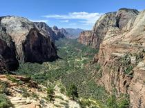 Angels Landing - Zion UT ft July th    x